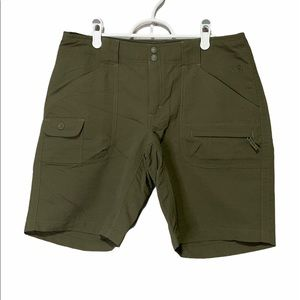 The North Face Paramount Moraine Long Shorts Olive